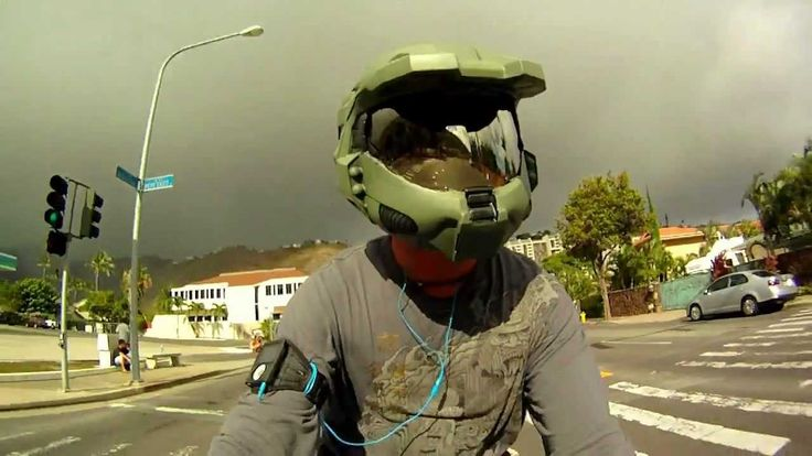 Halo Master Chief Motorcycle Helmet in the Works - StrengthGamer
