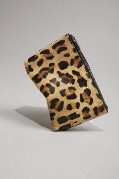 @Topshop Gift Guide - #ponyfur makeup bag    |    styletorch.com