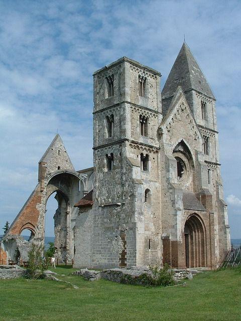 Zsámbék Church, Superb Location., Church - Public domain image 83956