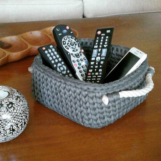 Her sehpaya lazim #orgusepet #orgu #elyapimi #elorgusu #handmade #handknit #penyeip #maccoroni #yarn #handmadewithlove #iloveknitting #terapi #siparis #crochet #nuunhandmade #nuun_handmade