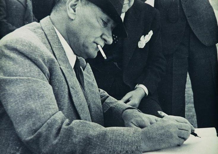 Atatürk'ün Dünyanın En Karizmatik Lideri Olduğunu Kanıtlayan 11 Fotoğraf