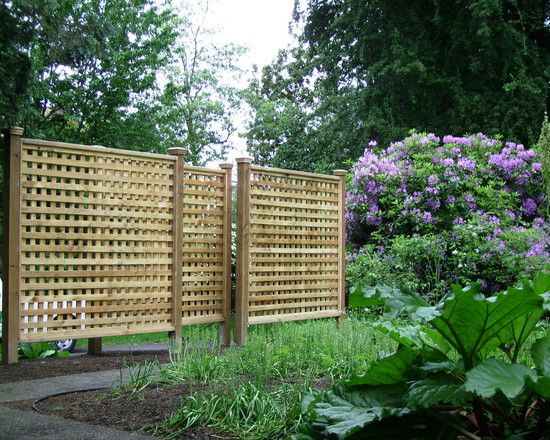 25 best ideas about lattice fence panels on pinterest for Lattice privacy fence ideas