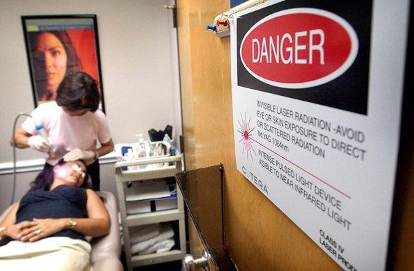 Los peligros reales del bronceado artificial - Salud y bienestar Trabajos de Investigación lo confirman: 20% y 59% mayor riesgo de CÁNCER