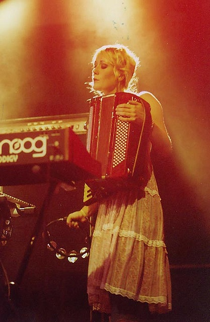 Bebban Stenborg/ Shout Out Louds