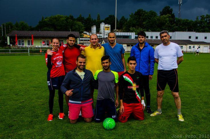 urbanfarm Büro für Kultur und Kommunikation. Flüchtlinge aus Syrien gewinnen Fußballturnier in Leonding.