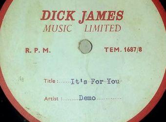 В Ливерпуле в субботу на аукционе Beatles Memorabilia за 21 тыс. фунтов стерлингов была продана демозапись песни It's for You в исполнении Пола Маккартни, которую он вместе с Джоном Ленноном написал для певицы Силлы Блэк.
