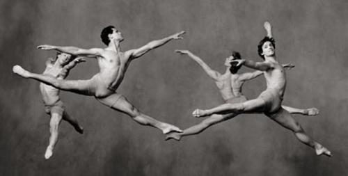 Homens bailarinos