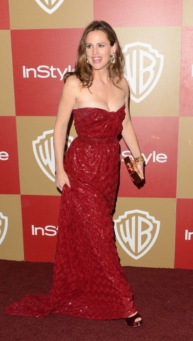 Jennifer Garner in red dress