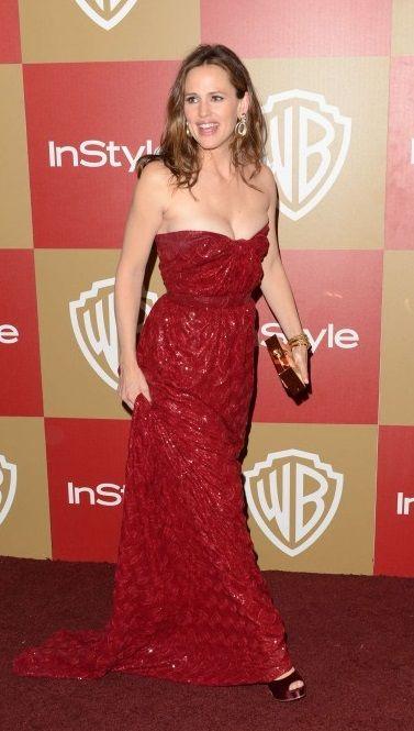 Jennifer Garner in red dress