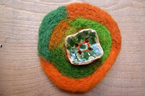 Martinuska / Oranžová s gombíkom