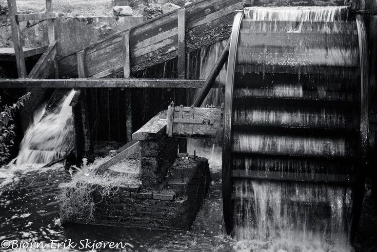 The old mill by Bjørn-Erik Skjøren