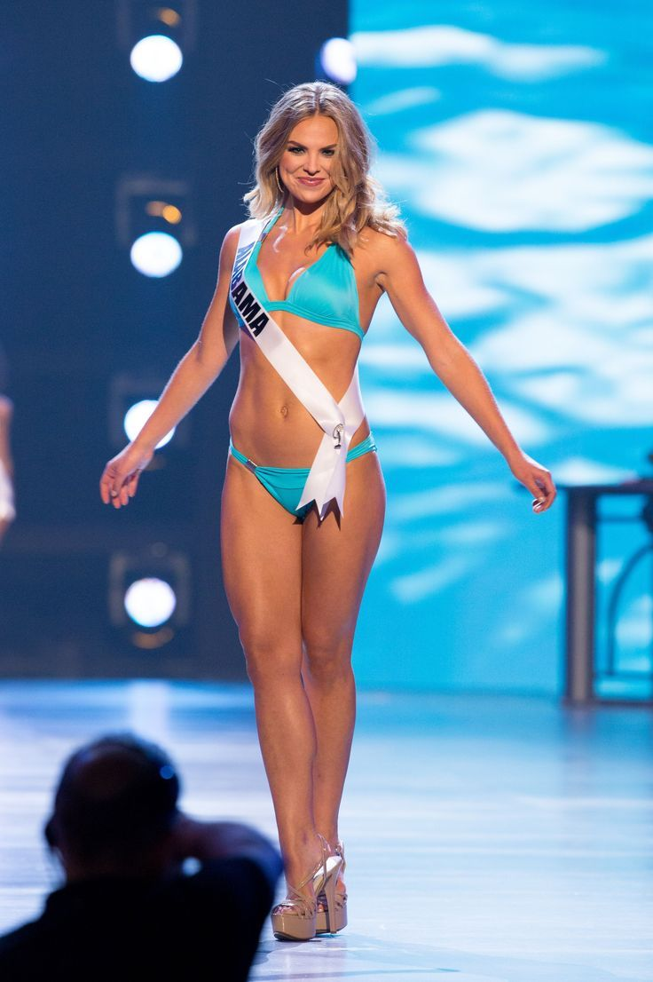 Hannah Brown In 2020 Hannah Brown Brown Bikini Miss Universe Swimsuit