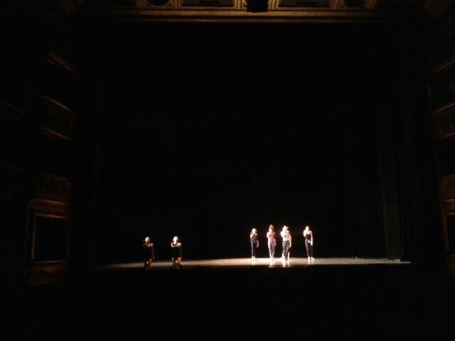 Audiovisual for a ballet.  We provide a wide #QLab programation with lots of series and audiovisuals needs.  Do you want something for your #show?  www.audiovisualescuesta.com