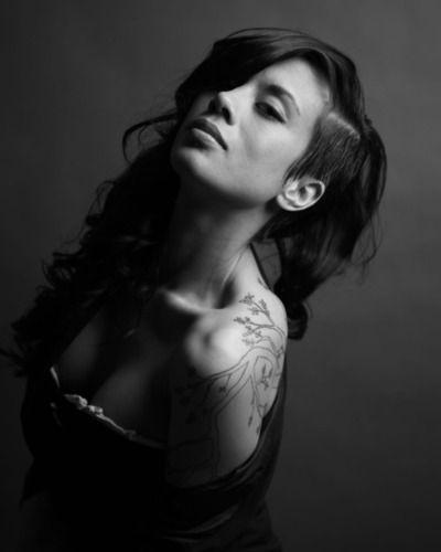 Venus Robertson, photographed by Corey Lajeunesse. WOW, beautiful woman, undercut and tattoo, that's how I like it !!!Undercut Hair, Side Undercut, Hairstyles 3, Fav Hairstyles, Undercut Style, Nice Sidecut, Awesome Tattoos, I M Undercut, Corey Lajeuness