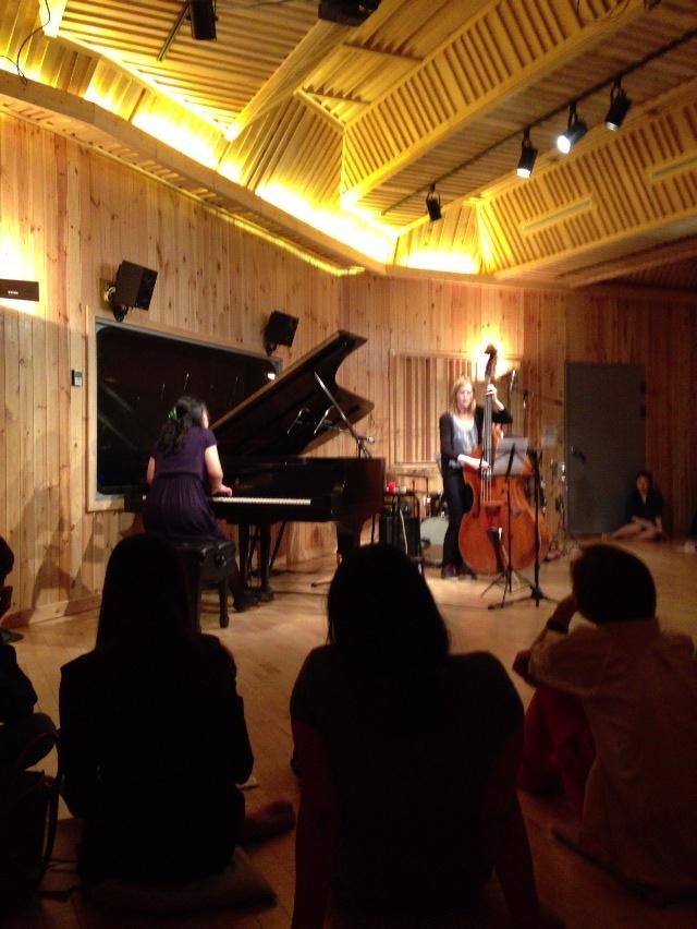 박창수의 더하우스콘서트. 김세운 트리오 공연. 2013년 5월 24일. 김세운(피아노) 트로이나영(베이스) 오종대(드럼)