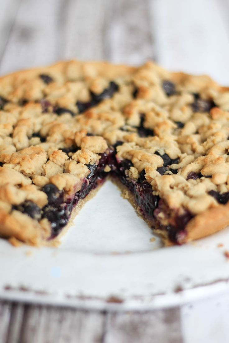 Blaubeer-Streusel-Pie.  blueberry streusel pie