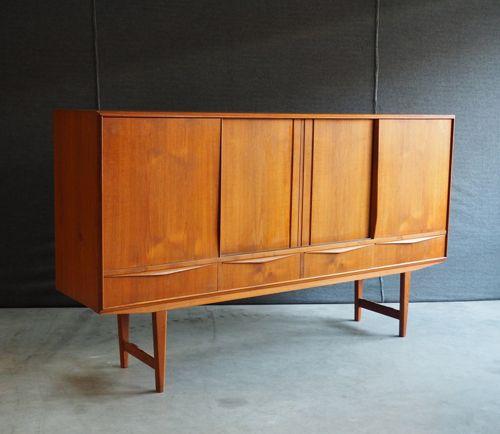 kasten : E.W. Bach jaren 60 hoog dressoir
