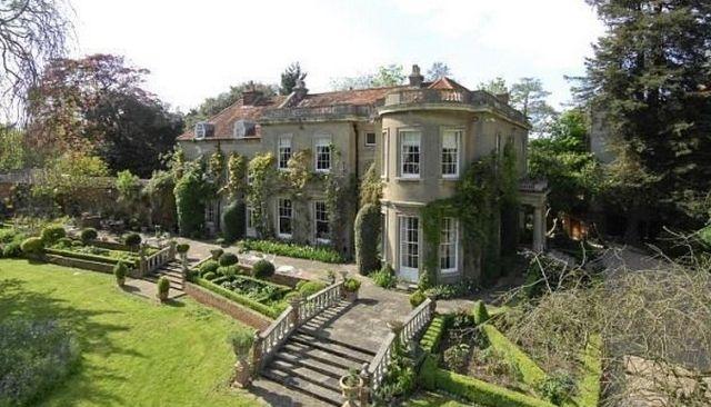 George Clooney und Amal – Neue Luxusimmobilie in Oxfordshire #luxus  #luxury #nobelio #traumhaus #dreamhouse #villa #george #amal #clooney