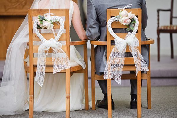 Feliz y blanca boda www.webnovias.com/blog
