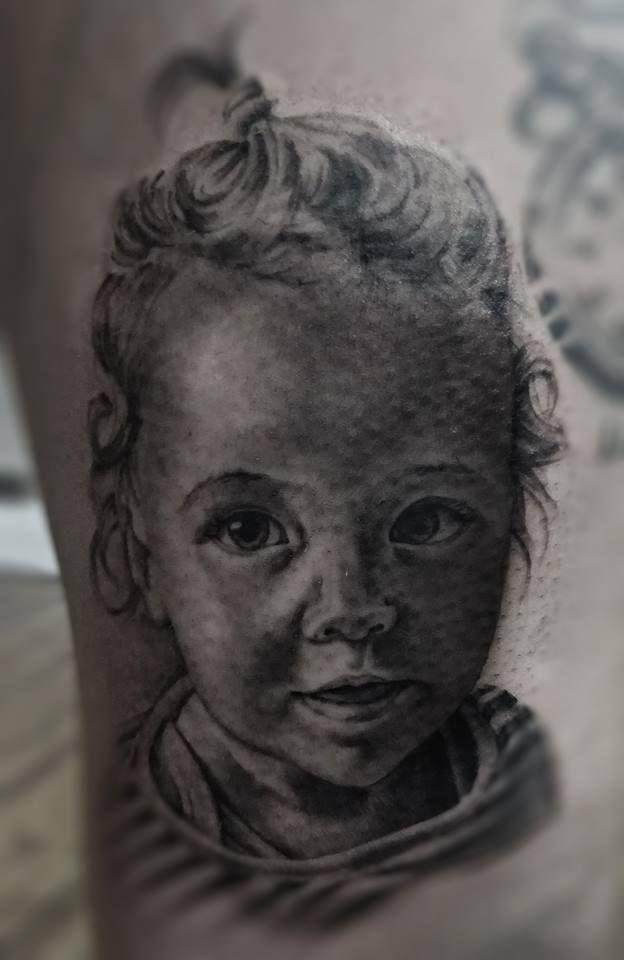 #baby #girl #sweet #soft #amazing #photo #realistic #portrait #tattoo