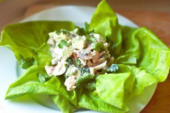 Грибной салат с курицей и сыром
