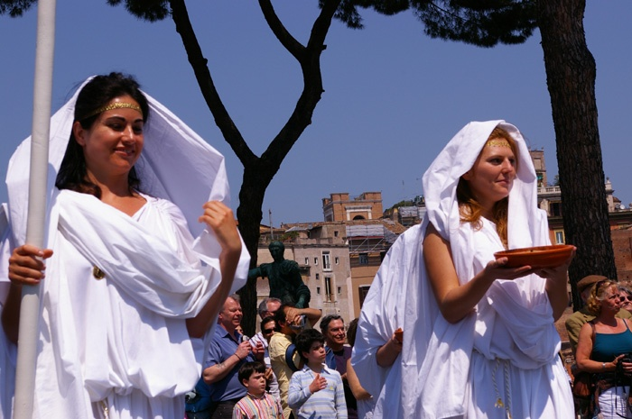 Romans during the celebration of the anniversary of the birth of Rome April the 21st