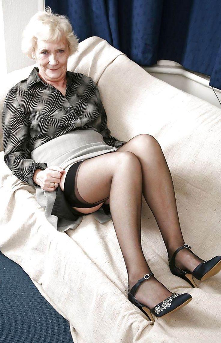 Olders Ladies Nudes 67