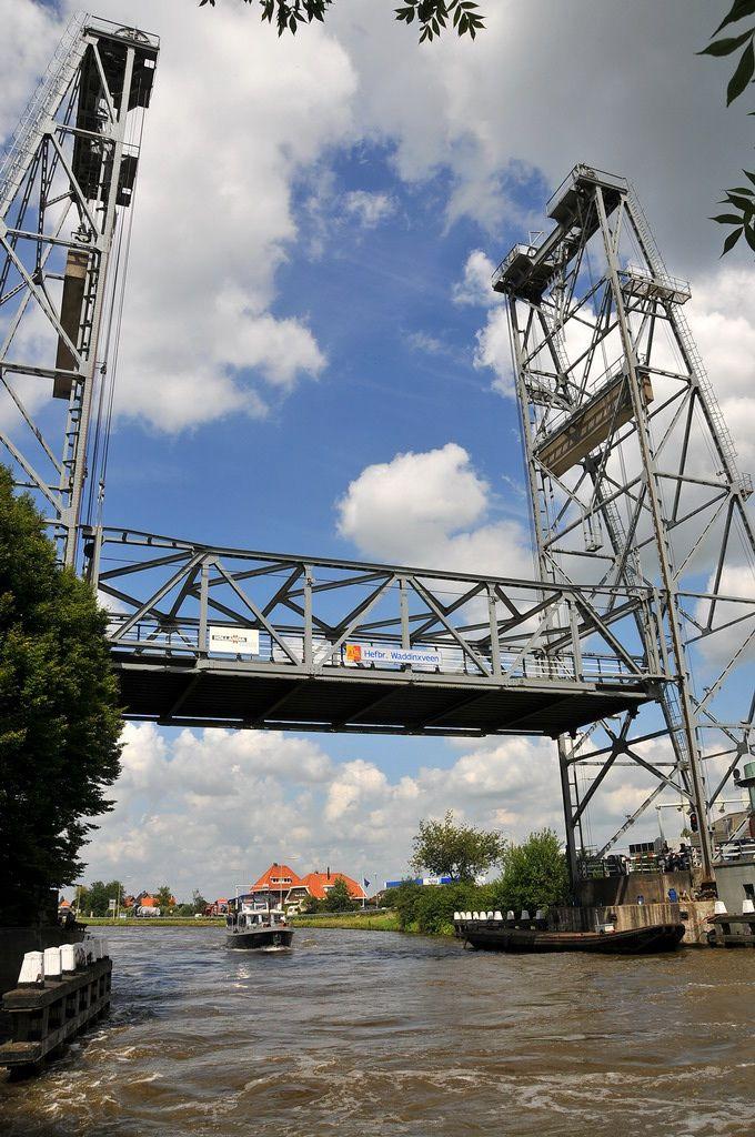 Hefbrug, Waddinxveen, Zuid-Holland.