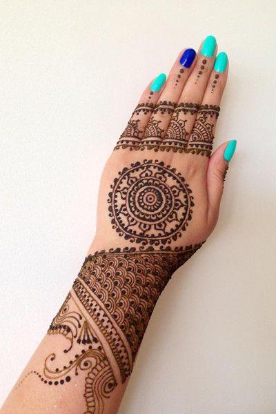 Amazing henna