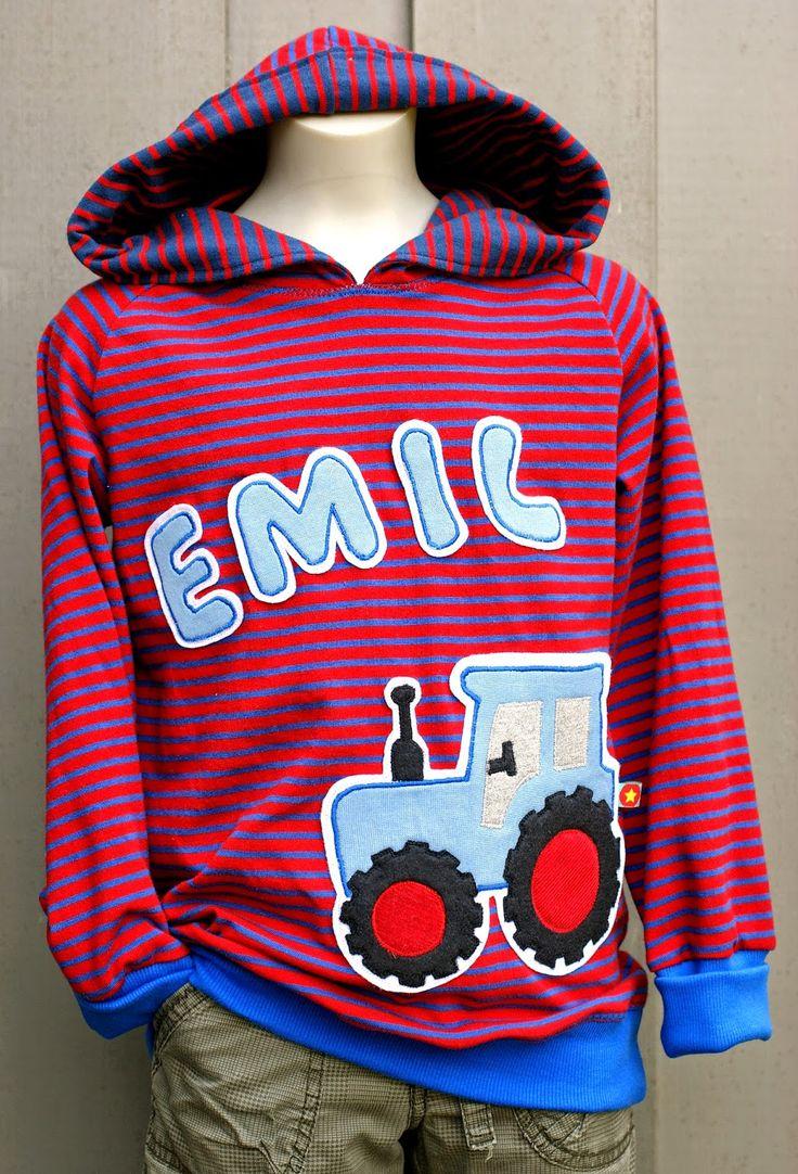 Der kleine Emil, Enkel meines Nachbarn, wird bald 4 Jahre alt. Wie es sich für einen Jungen vom Land gehört, mag er natürlich Trecker.     ...
