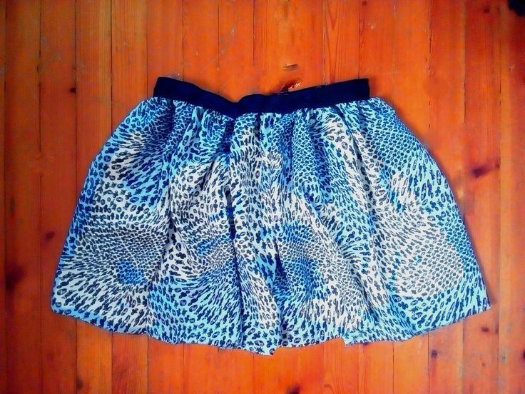 Circle mini skirt, printed fabric with rib waist