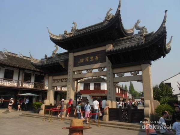Zhujiajiao, Kota Venesia Versi China Yang Keren - http://darwinchai.com/traveling/zhujiajiao-kota-venesia-versi-china-yang-keren-2/