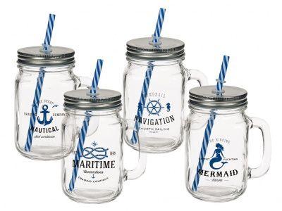 Poháre s viečkom a slamkou - námornícka: Štýlová poháre sviečkom a slamkou vtvare lebky je ideálny pre všetkých drinky– či už na alkoholické nápoje alebo bez alkoholu alebo sovocím či ľadom. Záleží len na Vás na čo máte práve chuť. Materiál: sklo,…