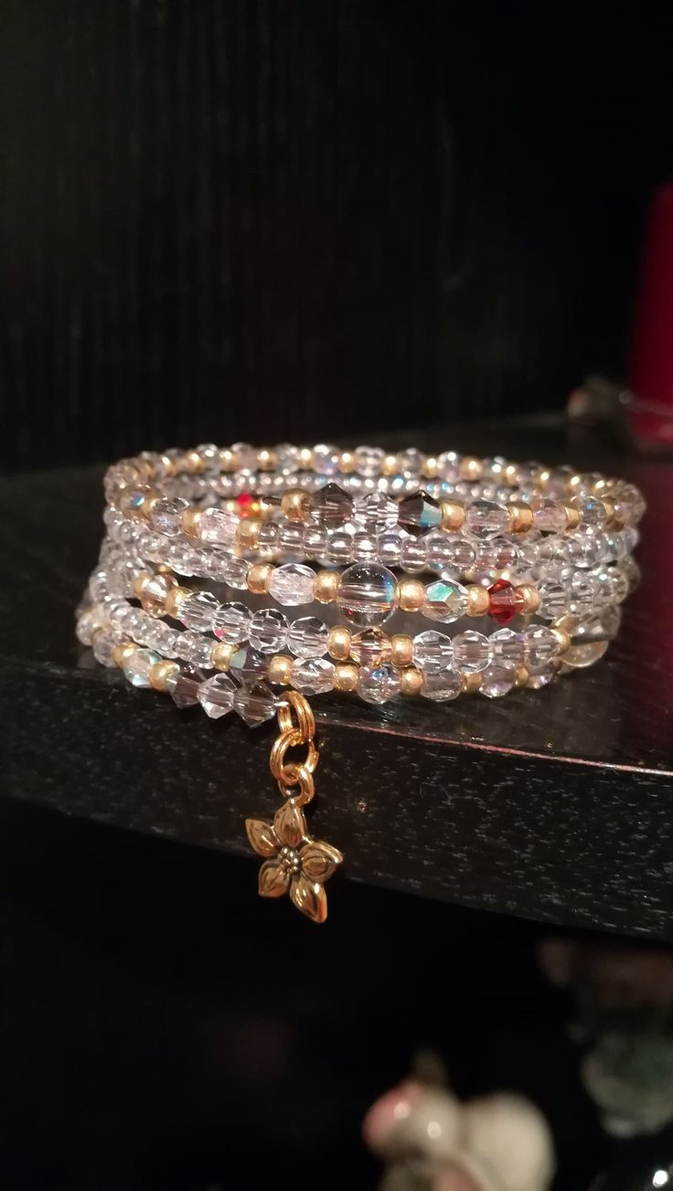 Memory wire bracelet Brúsené korálky, Swarovski korálky,toho gold korálky