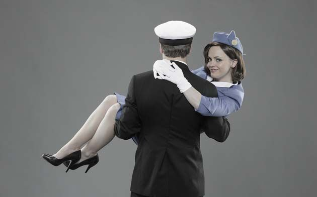 Tienes lo que hay que tener para ser novio de una azafata de vuelo? ( o para aguantarla? :P ) Crees que cumples los requisitos para tener de novia a una TCP? He aquí algunas reglas básicas para que...