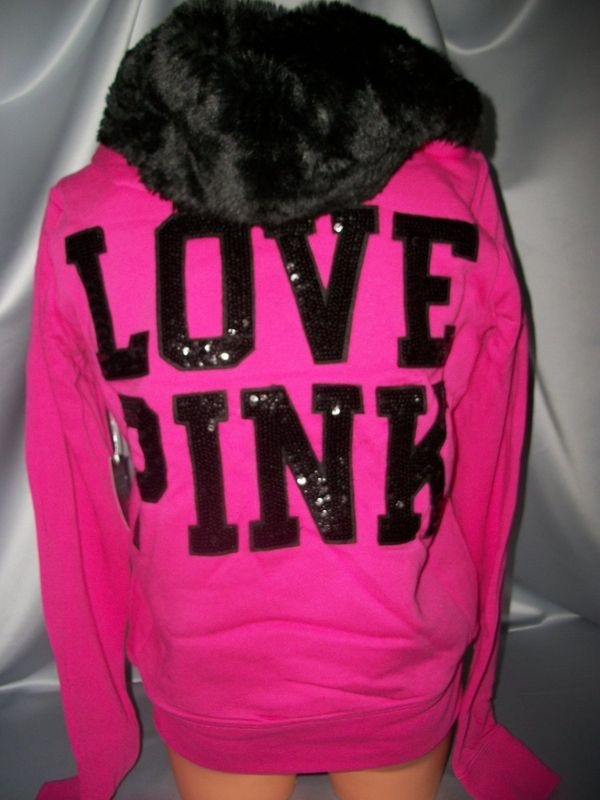Have this in blue!! Love it!!