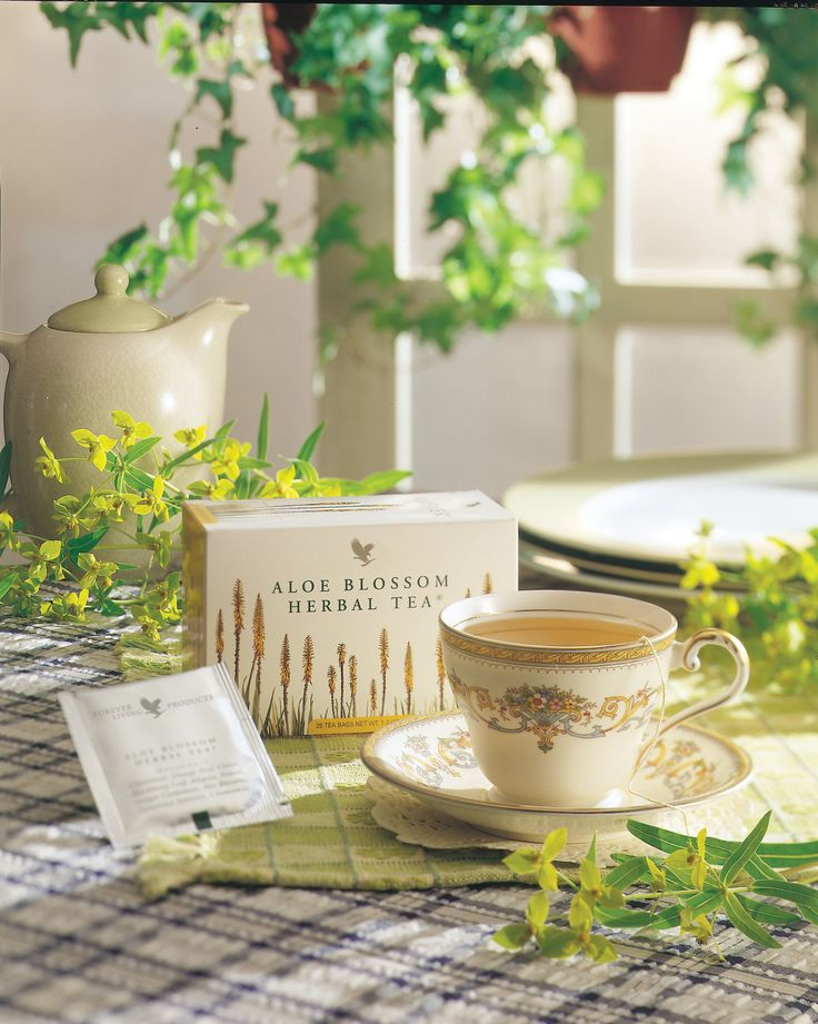 A soothing and refreshing caffeine-free herbal tea, to calm and promote well- being. Naturally low in calories and delicious served warm or with ice as a refreshing alternative. Each pack contains 25 individually foil-wrapped sachets.