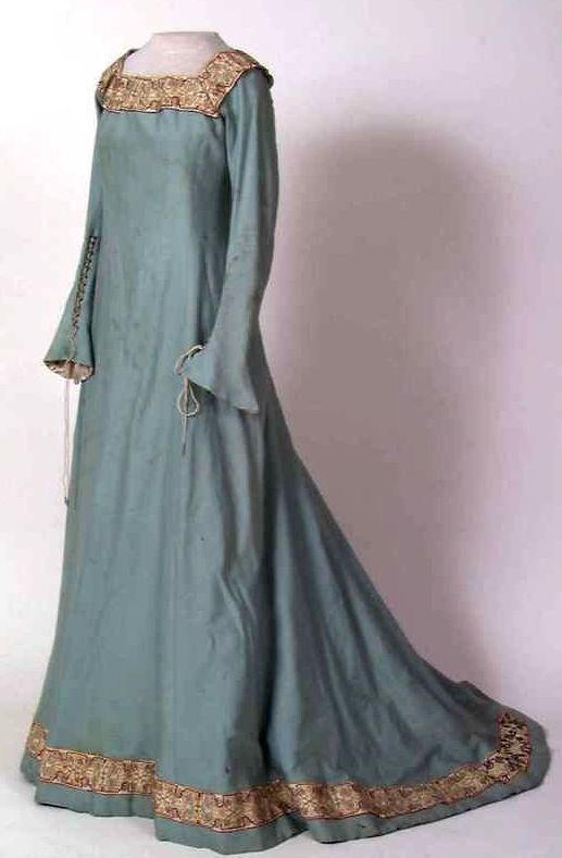 english renaissance dresses - photo #15
