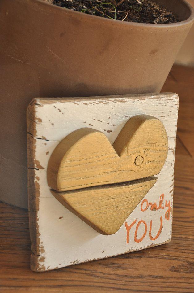 Złote serce 'ONLY YOU' - tabliczka na starej desce - OLDTREE - Dekoracje