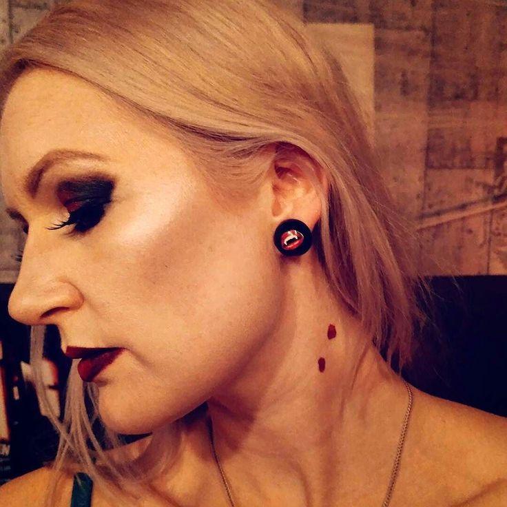 So in love with this shot of my Gorgeous German Customer @nica_del_mar  wearing her Lucite vampire Kiss Dômes Earrings  Available at  http://ift.tt/KWfwca  My wonderful clips arrived just in time - on Oct 31  Merci beaucoup @glitterparadise !! Make up by @jazzylicious.makeup  #glitterparadise #jazzylicious #inglot #inglotgermany #nicadelmar #gesamusic #halloween #halloweenmakeup #k #krestaurant #loretto #düsseldorf #makeupaddicted #ombrelips #falselashes #smokeyeyes #vampire #vampir #vampyr…