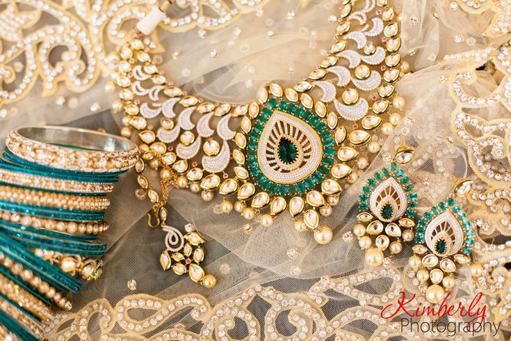 Fusion Wedding Day South Asian gold and turquoise jewerly at Innisbrook Resort, Palm Harbor, FL Photo By Kimberly Photography