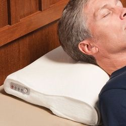 Un oreiller antironflement activé par les bruits du ronfleur!
