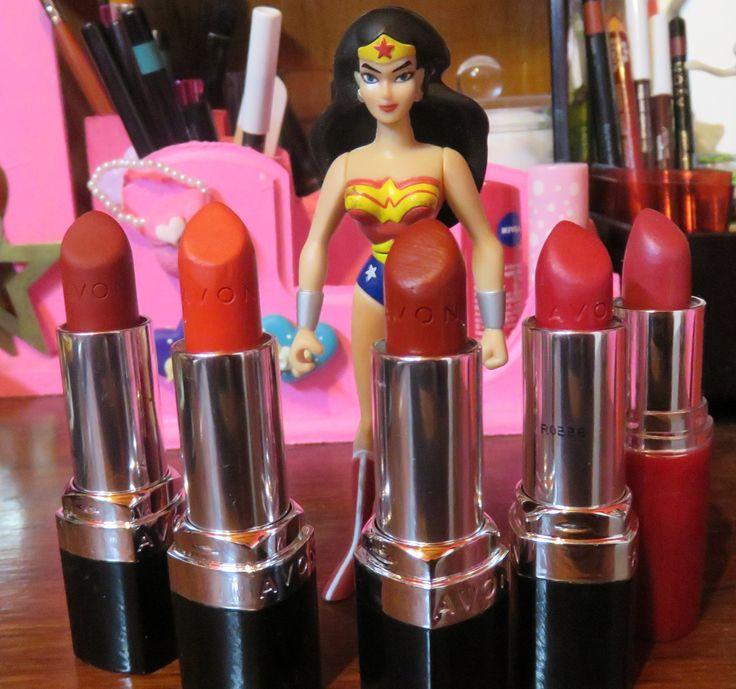 Wonder Woman and red lipsticks ! <3