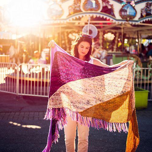 Carnival Shawl pattern by AbbyeKnits – Hook & Purl