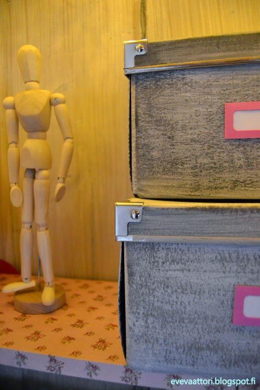 DIY Vanhat Ikean laatikot maalattu.