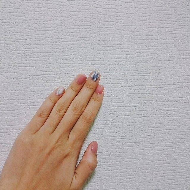今日は初めてNMB48握手会に行ってきた! なぎちゃん @nagisa_nikoniko に会うのに気合い入れて色合いだけでもネイルまねしていったらほめてもらえてうれしかった😭♥ 本物のなぎちゃんは可愛くて優しくて2回とも涙ぐみました #nmb48 #渋谷凪咲 #セルフネイル