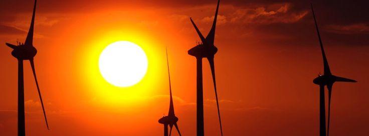 Die Zukunft unserer Energieversorgung - Die Ressourcen der Erde neigen sich dem Ende, der Energiehunger der Menschheit aber wächst - befeuert durch den Boom von Schwellenländern wie Brasilien oder China. Noch kann die Versorgung mit dem Bedarf Schritt halten - doch dazu braucht es komplexe und ökologisch riskante Verfahren.