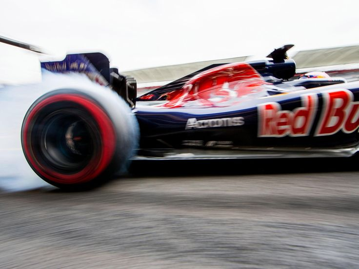 Carlos Sainz, Daniil Kvyat, track action, garage, team, pitlane... enjoy the best shots from our #F1 2016 Mexican Grand Prix. Full Galleries on http://win.gs/str_galleries . Wallpaper download section on http://win.gs/str_download. #F1 #tororosso #kvyat #sainz #redbull #MexicoGP