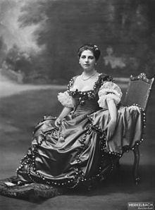 Mata Hari in Amsterdam, 1915 - Wikipedia, the free encyclopedia