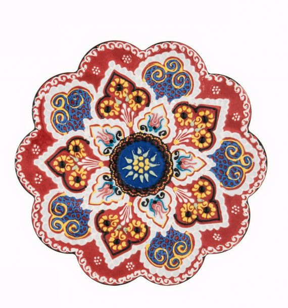 """This multicolor trivet / hot pad can be used as a decoration item with its unique color in your house  Impress your guests on your dining table as a part of your serving utensils (handwash only)  DIMENSIONS  7.1"""" / 18 cm Round"""